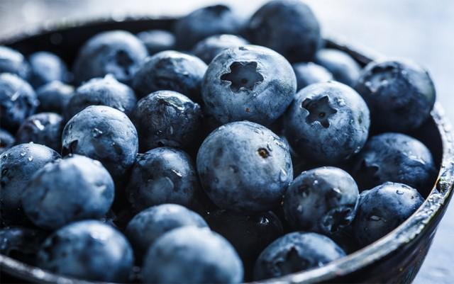 blueberry-waltz-strain-review