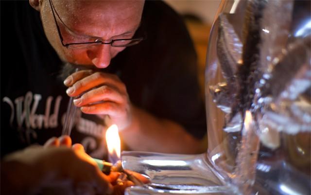 colorado-springs-bans-cannabis-cafes