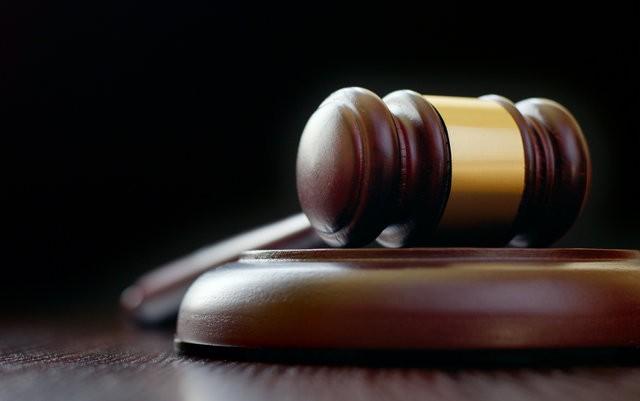 supreme-court-drops-case-against-colorado