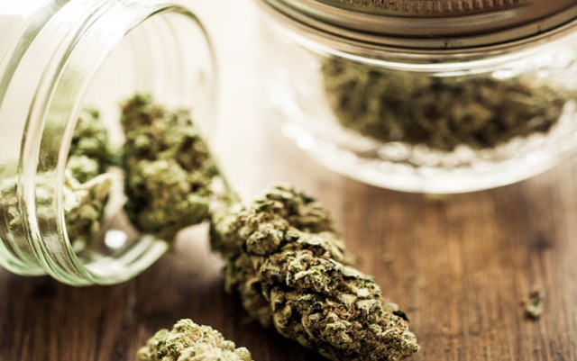 arizona-legalization-campaign-challenges-attorney-to-prove-alcohol-safer-than-marijuana