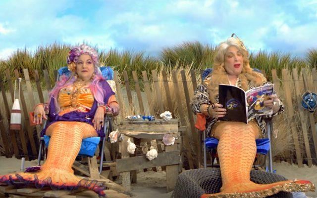 pro-pot-mermaids-flip-a-fin-for-legalization