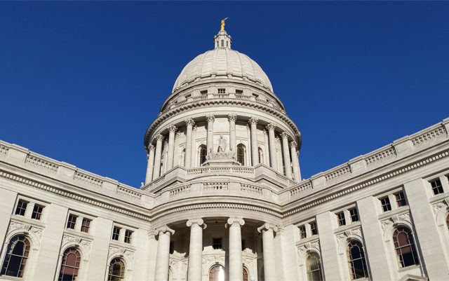 wisconsin-lawmakers-approve-CBD-oil-for-seizure-conditions
