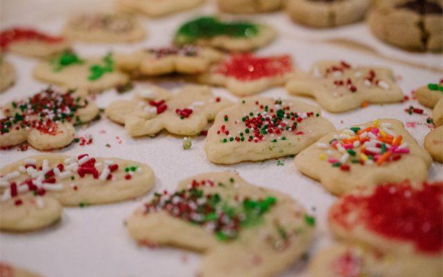 cannabis-christmas-sugar-cookie