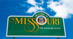 missouri-activists-submit-signatures-for-MMJ-ballot-initiative