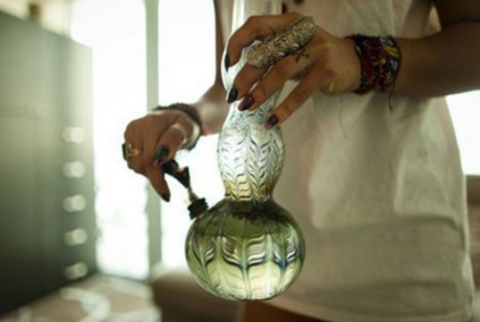 namaste-everything-you-need-to-know-about-bongs