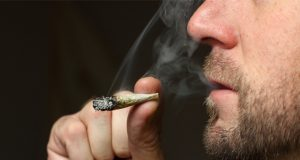 floridas-ban-on-smokable-medical-marijuana-will-continue-for-now