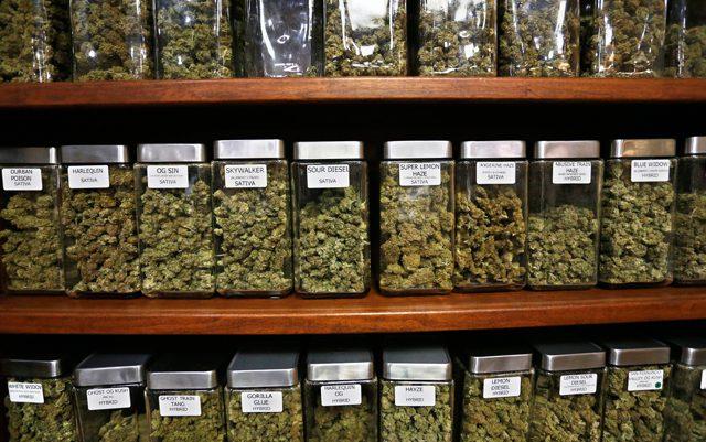 Consumers in Massachusetts Still Waiting on Retail Marijuana